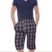 Delhi Seven Cotton Checks Capri For Men_D7Cg03 - Multicolor