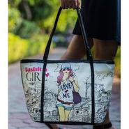 Arisha Women Handbag Multicolor -Lb243