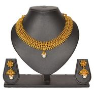 Pourni Stylish Brass Necklace Set_Prnk67 - Golden