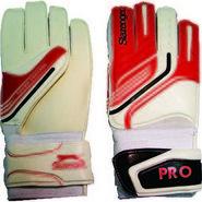 Slazenger Pro Goal Keeper White Gloves Size - 9