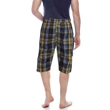 Delhi Seven Cotton Checks Capri For Men_D7Cg019 - Multicolor