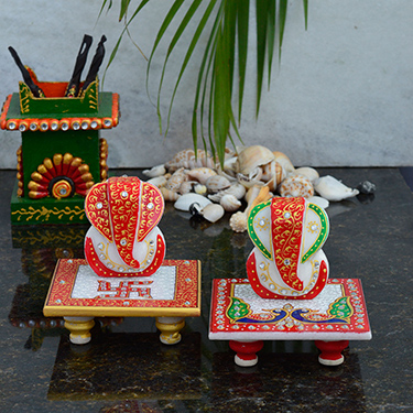 Set of 2 eCraftIndia Marble Ganesha Chowki - Multicolor