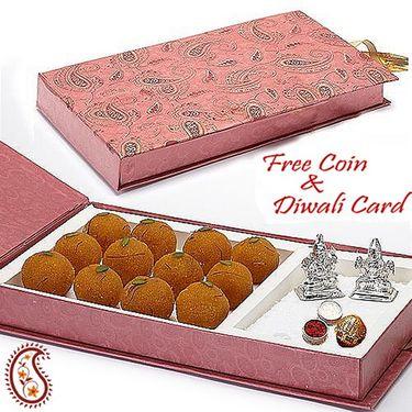 Gift Box with Motichoor Laddoos and Laxmi & Ganesh Idols_DWMB1401