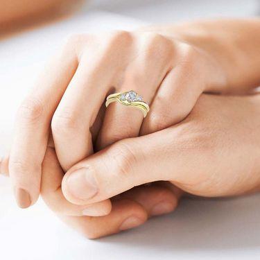 Kiara Swarovski Signity Sterling Silver Kashish Ring_Kir0800 - Golden