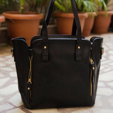 Arisha Black Handbag -LB 355