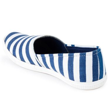 Foot n Style Canvas Blue & White Casual Shoes -fs3135