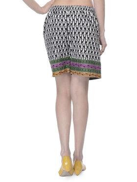 Lavennder Cotton Printed Ladies Short - Black_LW-5173